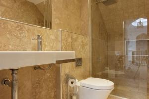 Douglas Fir & Silver Birch Bathroom 2